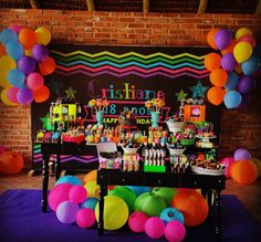 Anos Cristiane 🎁 Festa Neon🎉🎉 Much Glow For You Glow Party, Glow In Dark Party, Disco Party, Neon Birthday, 13th Birthday Parties, Blacklight Party, Neon Glow, Fiesta Party, Birthday Decorations