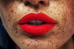 freckles red lips lipstick
