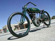 1922 Harley Davidson SCA1 Factory Racer  Ultra rare Harley Davidson factory built racer with a 500cc blocked off V-Twin motor. Previously owned and raced by the late great Gene Baron. This well known motorcycle is not a replica but a true factory survivor.