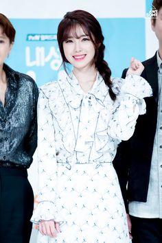 愼 ☼ ριητεrεsτ policies respected.( *`ω´) If you don't like what you see❤, please be kind and just move along. Kpop Girl Groups, Korean Girl Groups, Kpop Girls, Hyosung Secret, Hair Secrets, Seong, Beautiful Asian Women, K Idols, Korean Singer
