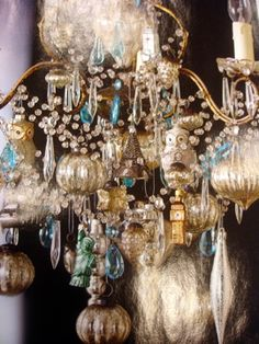 sparkle on the chandelier