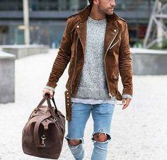 cool casual // city boys // urban men // mens fashion // gym bag // mens accessories // leather // city life //