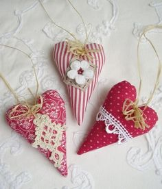 ~ hearts--could make them for Christmas decorations..........