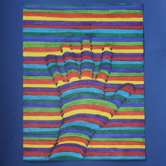 op art trace the straight lines in black but not the curved lines in the hand. Marker Kunst, Marker Art, Kratz Kunst, Hand Kunst, Value Painting, Third Grade Art, Art Basics, Scratch Art, School Art Projects