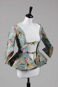 A fine sky blue brocaded silk caraco jacket, circa