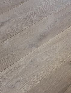 french oak - color champagne - Belgium