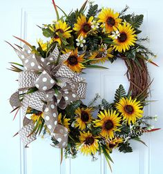 Rustic Wreath, Farm House Wreath, Everyday Wreath, Sunflower Wreath, Rustic Door Decor, Farm House Door Decor Rustic Decor, Farm House Decor Are you looking for a beautiful wreath for your home that you can display from spring to fall? Well, look no further because this is the