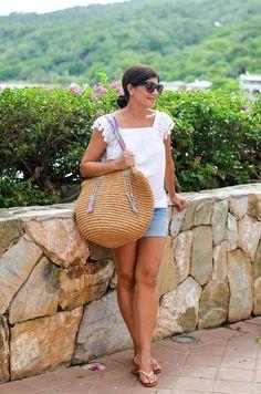 Beautifully Seaside- Desiree Leone Influencer