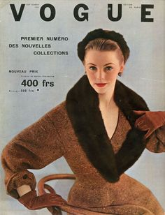 Vogue septembre 1952, spencer ajusté sur une robe en forme de Christian Dior, photo Henry Clarke