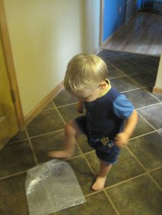 Creating Bright Minds: Bubble Wrap Fun! Large motor, infant, preschool, toddler, stomp, indoor games