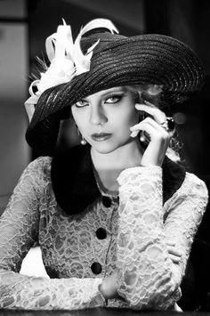 Profissão: designer de chapéus. Graciella Starling e a alta chapelaria brasileira | Passaporte do Luxo