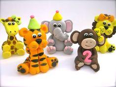 Edible Fondant 2 girly safari animals for cakes and cupcakes 3d Figures, Fondant Figures, Cake Pops, Zoo Animal Cupcakes, Boys First Birthday Cake, Marshmallow Cake, Fondant Animals, Sugar Paste, Gum Paste