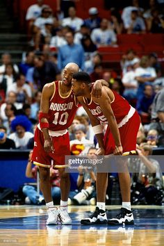 Love And Basketball, Basketball Players, Sports Teams, Houston Rockets, Sam Cassell, Robert Horry, Sports Page, Basketball Photography, Nba Stars
