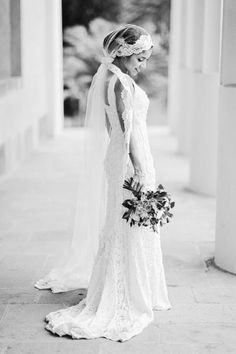 Gorgeous veil, stunningly and uniquely tied.  Photo by 2 Brides Photography
