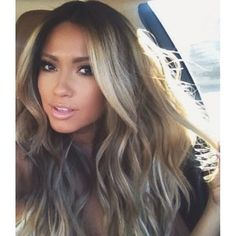 Jessica Burciaga - Long Blonde Highlighted Hair - Makeup in love i want!