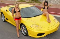 Sexy girls in bikini's and yellow Ferrari 360 modena. Hot Cars, Sexy Cars, Auto Girls, Car Girls, Pagani Zonda, Ferrari 360 Modena, Car And Girl Wallpaper, Lamborghini, Sexy Autos