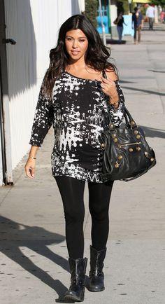 Kourtney Kardashian Photo - Pregnant Kourtney Kardashian Going To Hair Salon