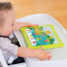 Engage little ones with lights, sounds effects, music and a keyboard. Perfect for teaching cause & effect.