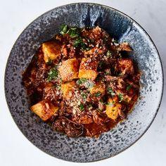 oxtail ragu with semolina gnocchi Gnudi Recipe, Turbot Recipe, How To Cook Polenta, Cooking Polenta, Cooking Oxtails, Beef Recipes, Cooking Recipes, Oxtail Recipes, Savoury Recipes