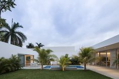 Magnificent House Designed by Augusto Quijano Arquitectos in Yucatan, Mexico Home Planner, Courtyard House, Modern Country, Swimming Pools, Living Spaces, Exterior, House Design, Mansions, Architecture