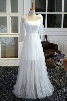2019 ?White Tulle Strapless Bridesmaid Dresses See-Through Floor Length
