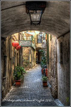 Alassio, Italy - i can sit down at the entrance and keep watching for hours