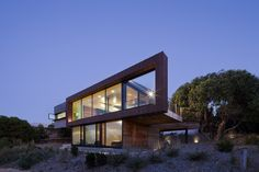 Dame of Melba  Architects: Seeley Architects Location: Anglesea, Victoria, Australia Year: 2011 Photographs: Shannon McGrath