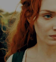 Poor Demelza in Season episode Ross had it coming the whole damn time. Demelza Poldark, Ross Poldark, Yandere, Poldark Series, Ross And Demelza, Aiden Turner, Eleanor Tomlinson, Redheads, Red Hair