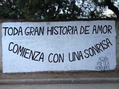 accion poetica All great love stories begin with a smile