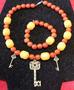 necklace-pendant-bracelet-jewelry-handmade-beaded-vintage-style-key-A1