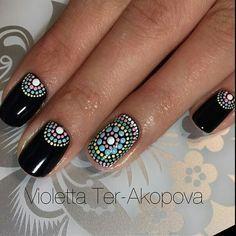 These Intricate Dotticure Manicures Will Have You Dashing to the Salon - Unhas Francesinhas para inspirar, veja mais de 35 modelos no site - Fancy Nails, Diy Nails, Cute Nails, Dot Nail Designs, Nail Art Designs Videos, Stylish Nails, Trendy Nails, Mandala Nails, Dot Nail Art