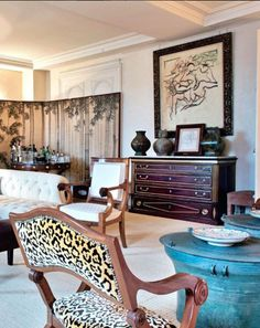 European House, Neutral Palette, Classic Chic, Three Dimensional, Accent Chairs, Wall Decor, Glamour, Interior Design, Stylish