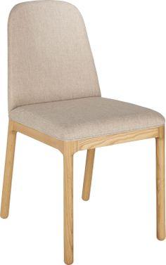 Bet spisestol i heltre eik med polstret sete og rygg. Dimensjoner: W41 x D43 x SH 47cm. Kr. 1915,- Sofas, Habitats, Designer, Accent Chairs, Dining Chairs, New Homes, Furniture, Pin, Home Decor