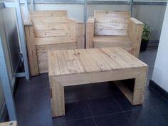 DIY Pallet Bistro Styled Furniture | 99 Pallets