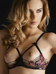 bra naked Cupless