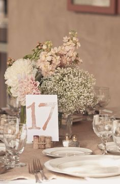 Love this centrepiece!