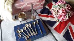 Darling Vintage Silver Plated Salt Couldron by NostalgiqueBoutique
