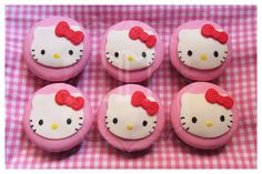 Hello kitty cupcake tutorial