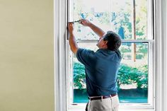How to Repair Sash Windows How to preserve old windows with putty, epoxy, and patience Wood Windows, Sash Windows, Custom Windows, House Windows, Windows And Doors, Diy Windows, Home Renovation, Pisa, Window Glass Replacement