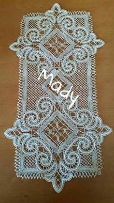 I don't think this is bruges, but it would make a great bruges pattern! Crochet Squares, Crochet Doilies, Crochet Lace, Bobbin Lace Patterns, Cross Stitch Patterns, Filet Crochet, Irish Crochet, Lace Stencil, Crochet Table Runner Pattern