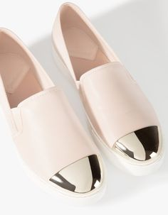 Slip ons with toe detail