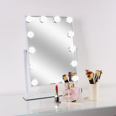 WanEway Lighted Vanity Mirror  warm light ( 3000-4000K shading temperature)/sunshine ( 5000-6000K shading temperature) settings and customizable brilliance, give a perfect and splendid reflection and enable you to get the most characteristic utilization of cosmetics, even during the evening. You can look here and buy.