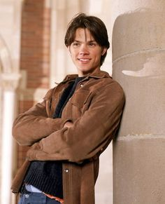 Young Jared Padalecki in Brown. is listed (or ranked) 1 on the list 23 Pictures of Young Jared Padalecki Jared Padalecki Gilmore Girls, Gilmore Girls Dean, Rory Gilmore, Jared Gilmore, Jared And Jensen, Jared Leto, Jensen Ackles Young, Jared Padalecki Supernatural, Supernatural Fandom