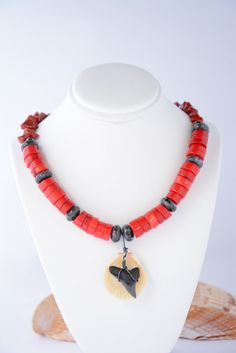 Reversible shark tooth and seashell necklace. Seashell. Shark Tooth. Shark Teeth. Pendant. Coral. Jasper. Red. Necklace. Nautical. Nature by flashinfashinjewelry. Explore more products on http://flashinfashinjewelry.etsy.com