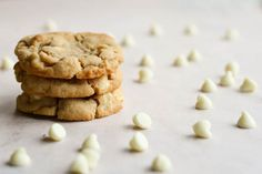 london bakes | cashew nut and white chocolate chip cookies