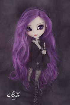 gorgeous pullip Akoya - I adore the wig <3