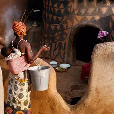 Margaret Courtney-Clarke: African Canvas