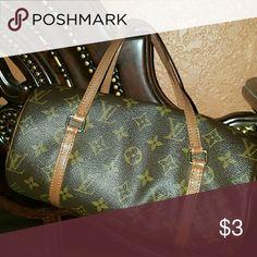 Louis  vuitton  papillon Authentic  lv for authentic  .Trade value  500 Louis Vuitton Bags