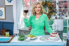 @kymdouglas shared the powerful foods that'll help protect your skin from wrinkles, redness and dark spots!