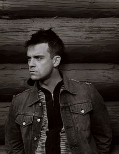 See Robbie Williams pictures, photo shoots, and listen online to the latest music. Robbie Williams, Stoke On Trent, Elvis Presley, David Bowie, Take That Band, Madonna, Last Fm, Mickey Rourke, Village People